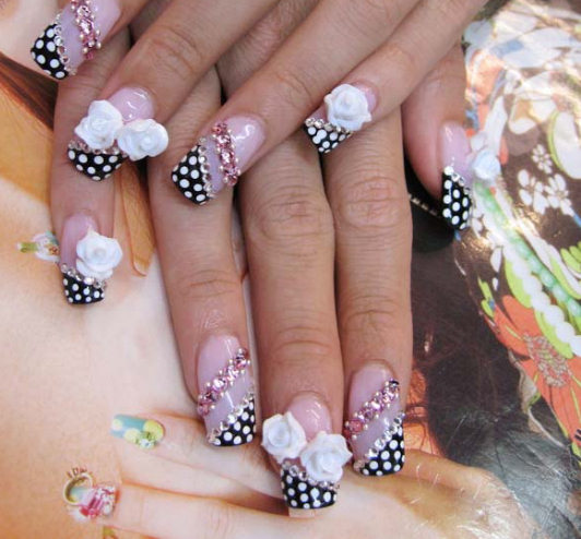 Beautifully Designed Nails 6