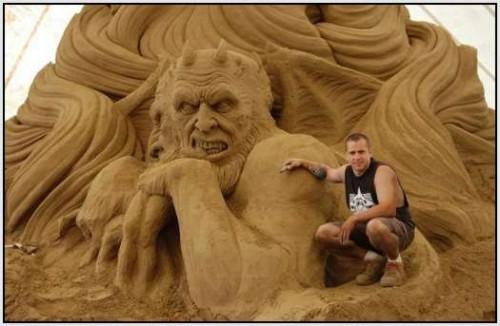 DesignDrizzle-Sand-Sculpture-36