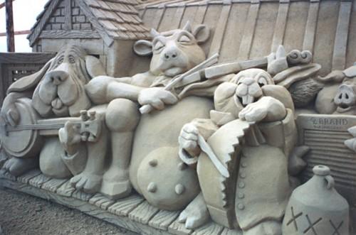 DesignDrizzle-Sand-Sculpture-37