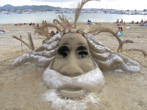 DesignDrizzle-sand-sculpture-11