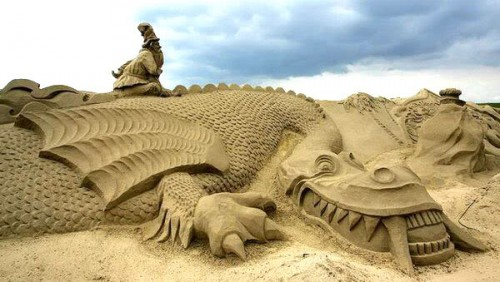 DesignDrizzle-sand-sculpture-12