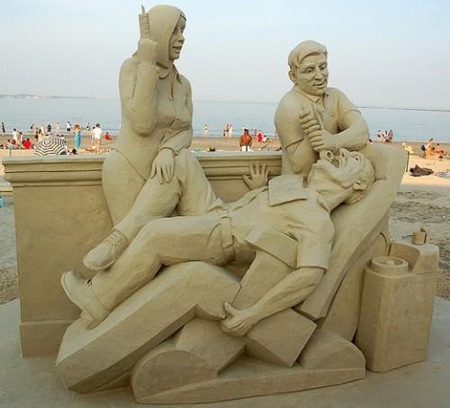 DesignDrizzle-sand-sculpture-14