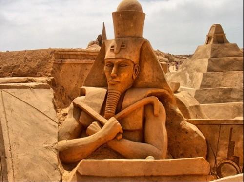 DesignDrizzle-sand-sculpture-20