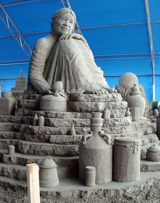 DesignDrizzle-sand-sculpture-24